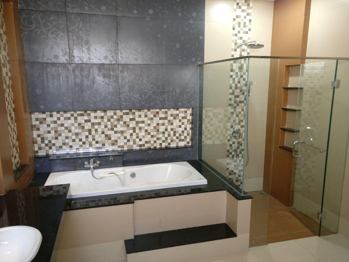 Jual Rumah Kertajaya Indah Tengah Toilet