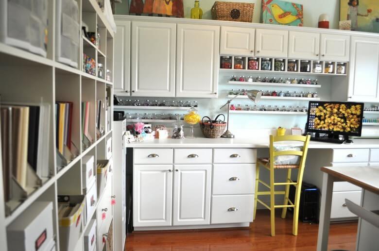 Tidak Jauh Dari Istirahat Yang Berarti - 7 Ide Ruang Kerja Produktif di Rumah - BeliSewaRumah