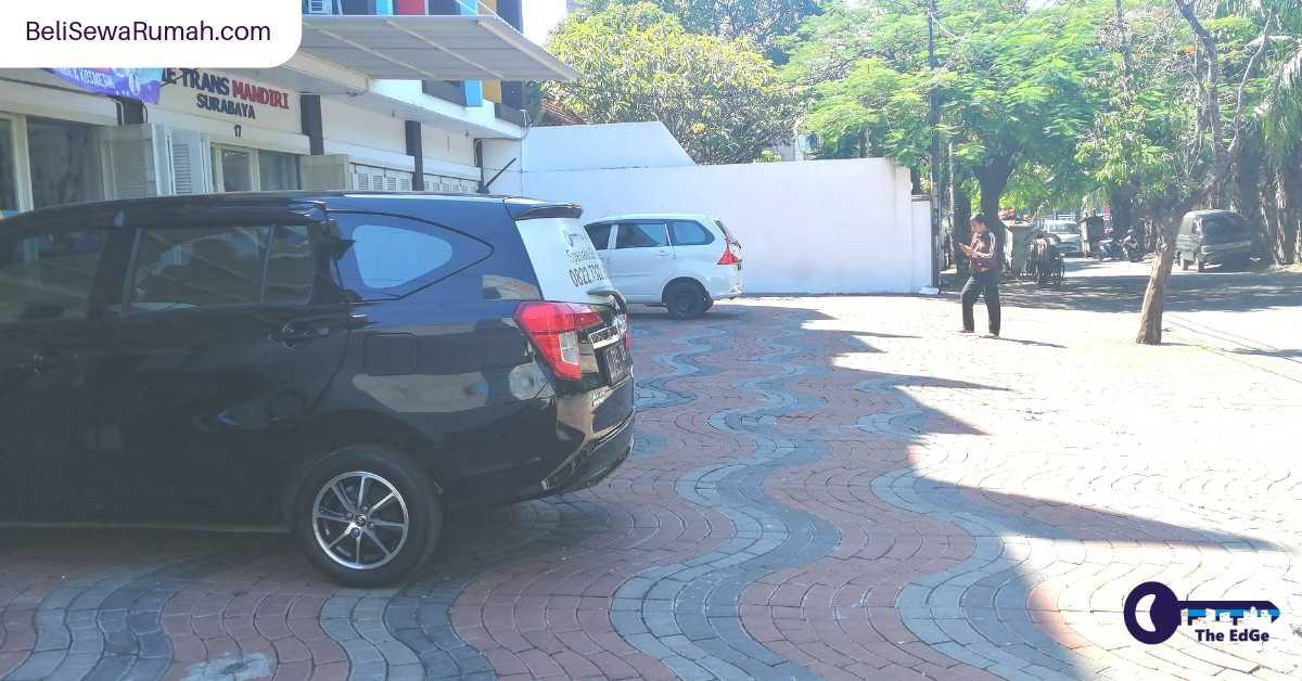 Ruko Pusat Kota Jalan Taman Kusuma Bangsa Surabaya - BeliSewaRumah