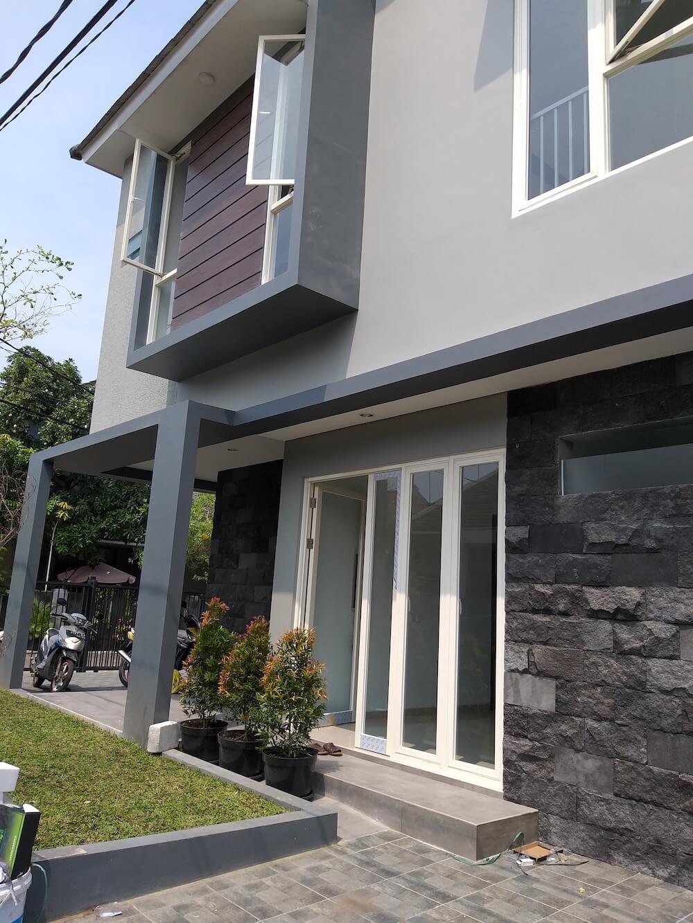 Jual Rumah Baru Semolowaru Tengah Surabaya | The EdGe