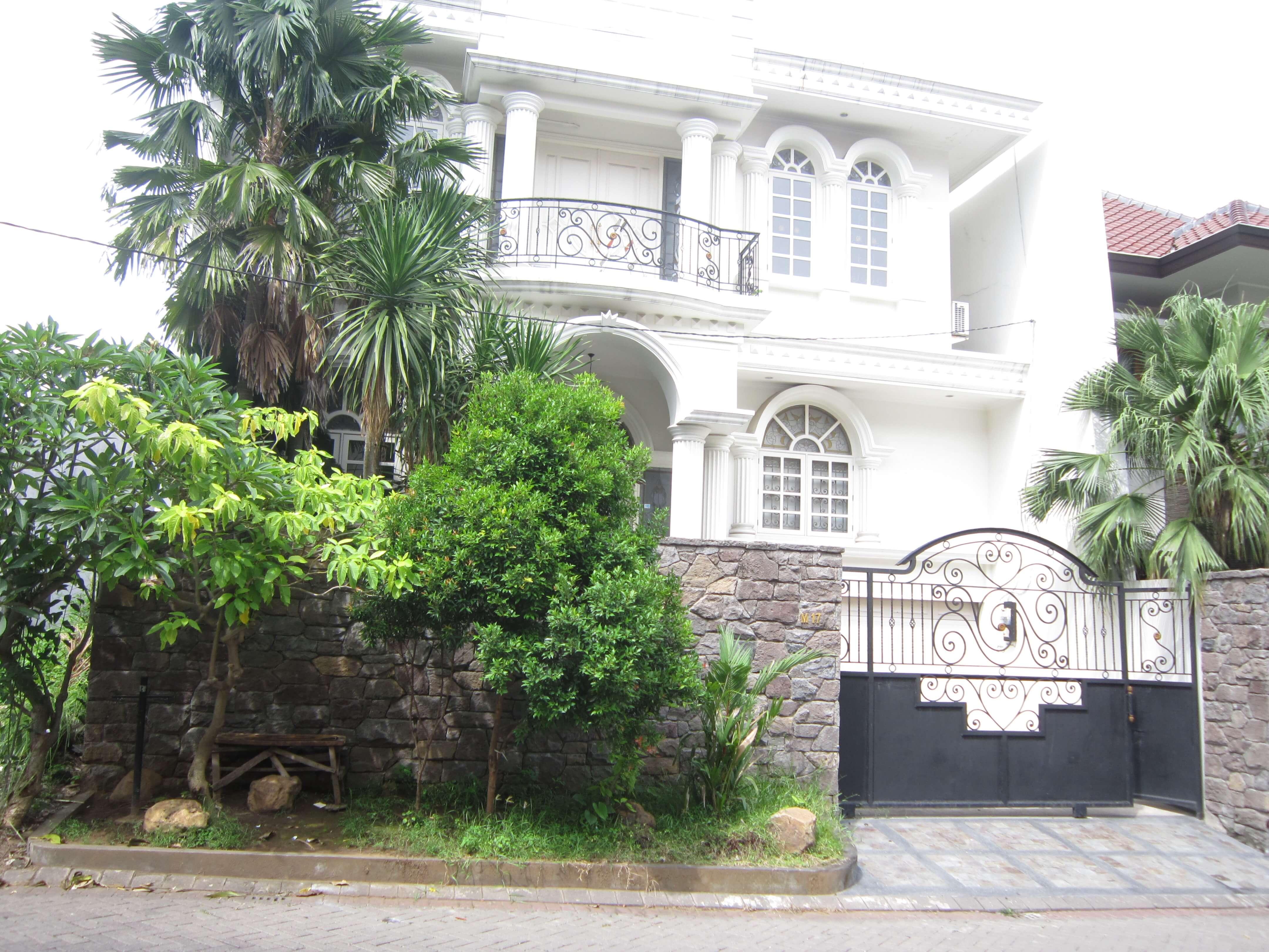 Dijual Rumah Darmo Hill (1)
