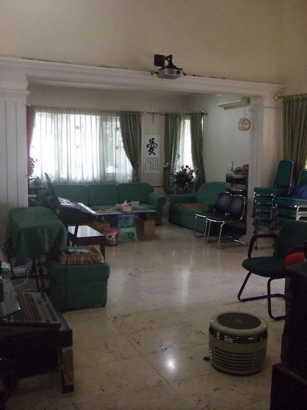 Jual Rumah Kamboja Surabaya - 4 - Tampak Dalam Rumah