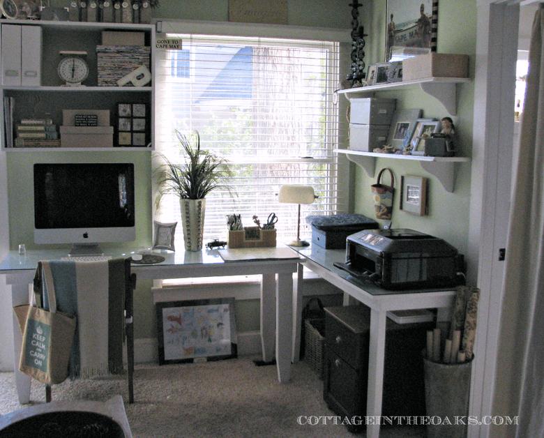 Ikutkan Yang Hijau - 7 Ide Ruang Kerja Produktif di Rumah - BeliSewaRumah