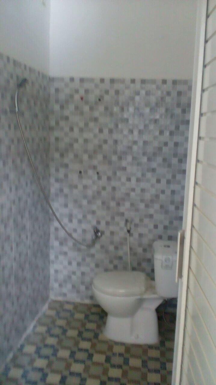 Jual Murah Rumah Baru Kalijudan Barat 3 Nomor 9 Surabaya - toilet